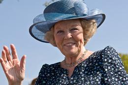 Beatrix dankt ab